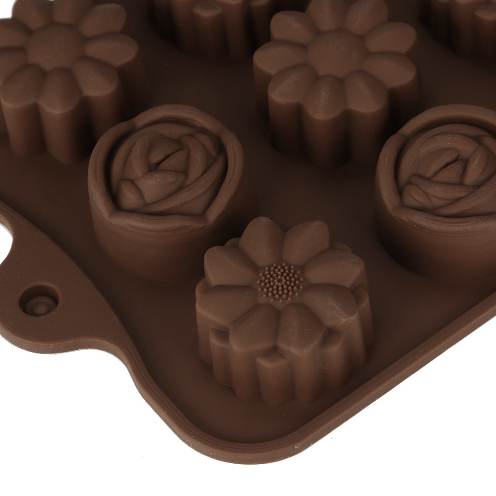 Flower 15-Cavity Chocolate Baking Cake Rose Mould Silicone Ice Soap Tray Mold